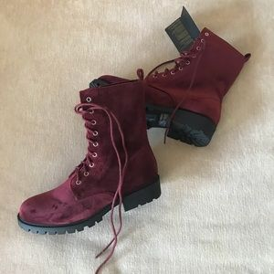 Suede Burgundy Maroon Lace Up 7 Booties Boots F21